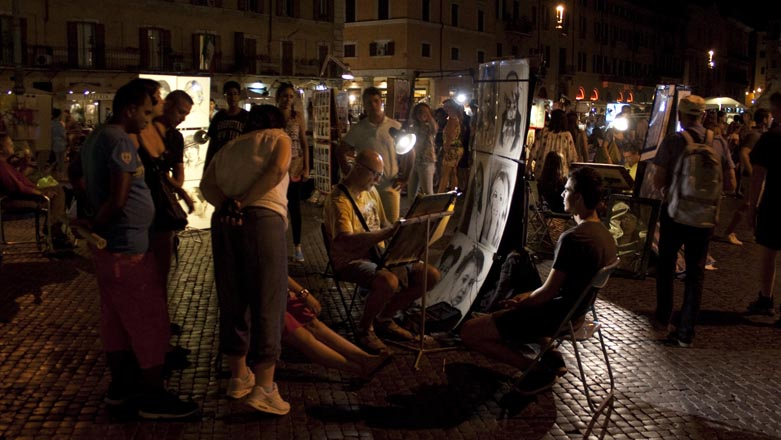 Roma Piazza Navona di sera