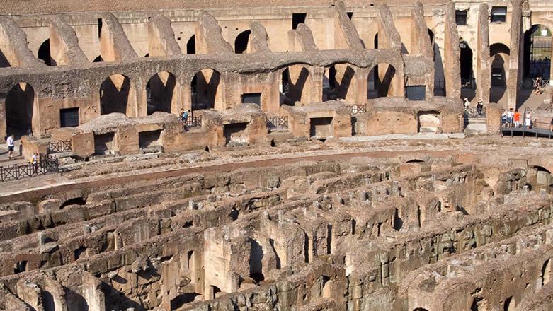 Roma Colosseo interno