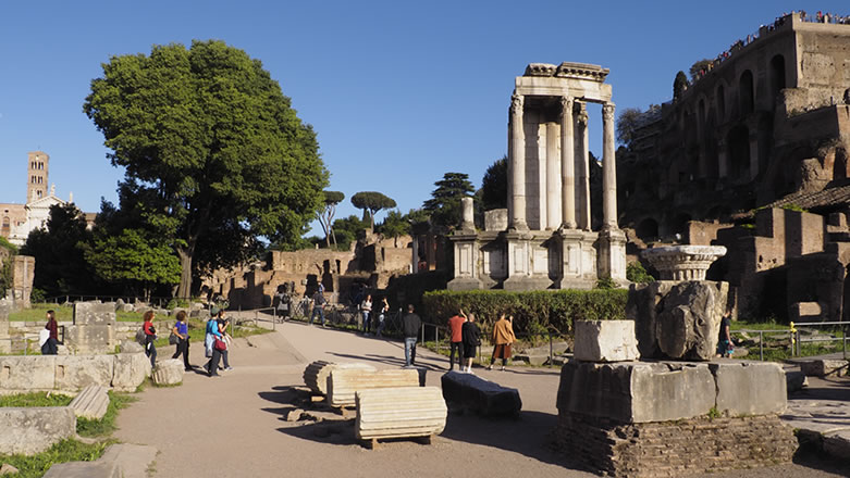 Roma Foro Romano Tempio di Vesta
